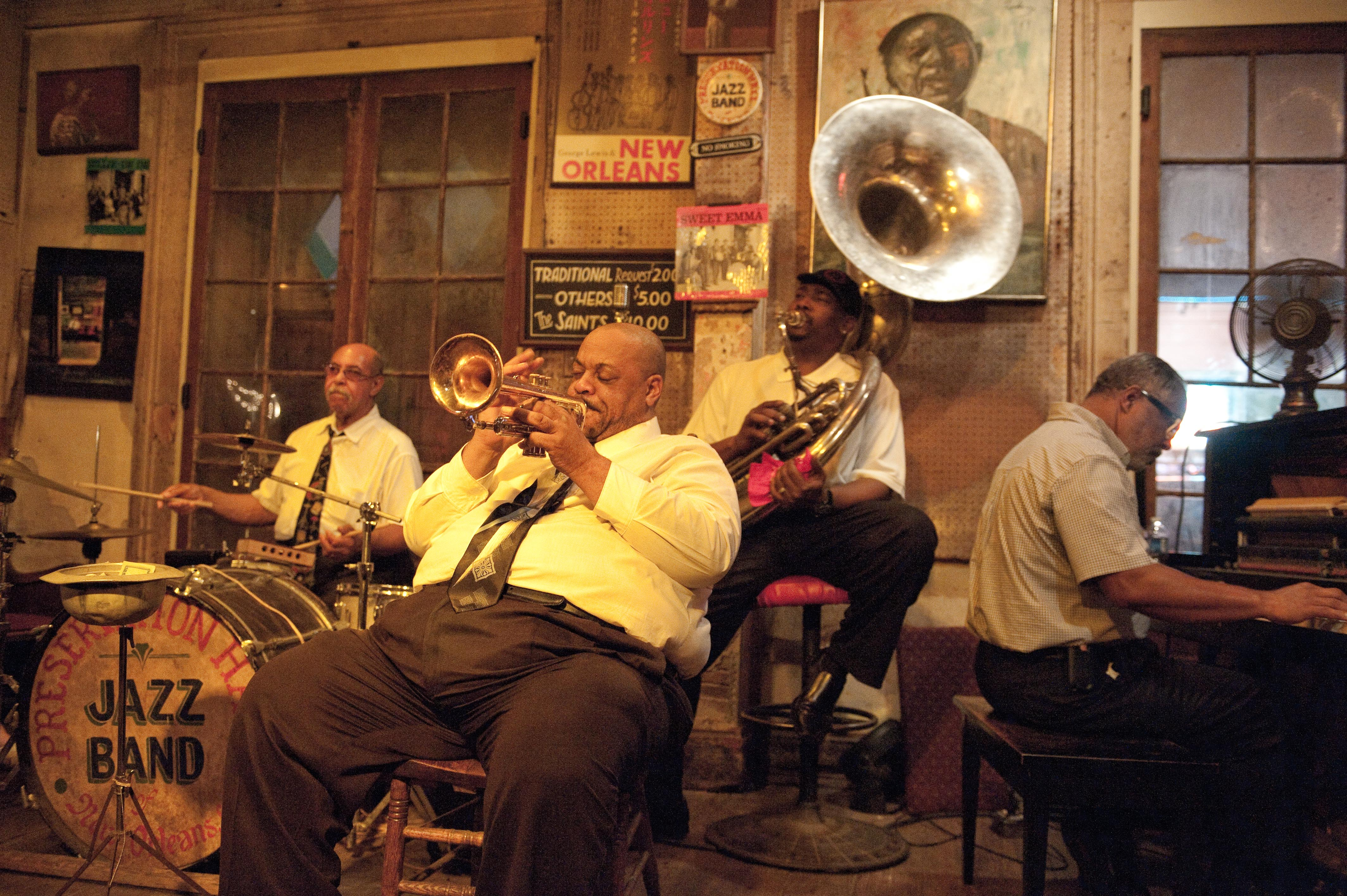 report on new orleans jazz band Jazzthe sound that put new orleans on the map, musically speaking it's a distinctive sound--not big-band swing, with horns creating harmony.