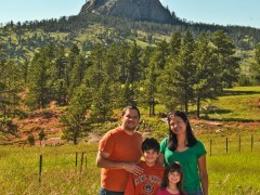 On Day 26 PapiBlogger explores Wyoming's Stunning Beauty, Devil's Tower and Mount Rushmore Thumbnail
