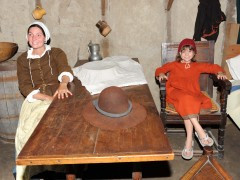 PapiBlogger Meets Pilgrims, Plymouth Rock and Phantoms on Day 37 of Family Road Trip Thumbnail