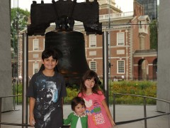 Independence Hall and Liberty Bell Highlight Day 42 of PapiBlogger Family Road Trip Thumbnail