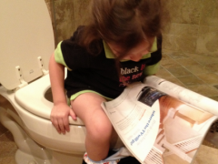 Wordless Wednesday: Unique Reading Habits Kids Get from their Fathers Thumbnail