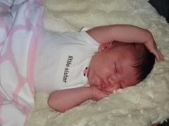 Naomi Photo Journal Day 31: Baby turns 1 month Thumbnail